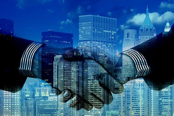 erfolgreich-verhandeln-richtig-verhandeln-verhandlung-verhandlungstechniken-ulrike-knauer-verhandlungsseminar-vorbereitung-team-taktik-kommunikation-einigen