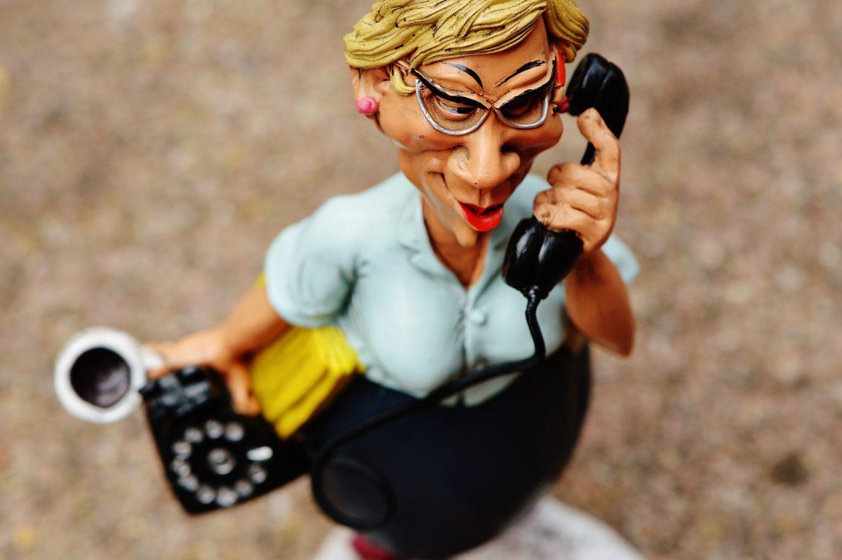 wahres interesse im Vertrieb und Verkauf für Verkäufer die verkaufenKaltakquise München Akquise akquirieren Telefonverkauf Ulrike Knauer Verkaufsprofi Angst vor Telefonieren