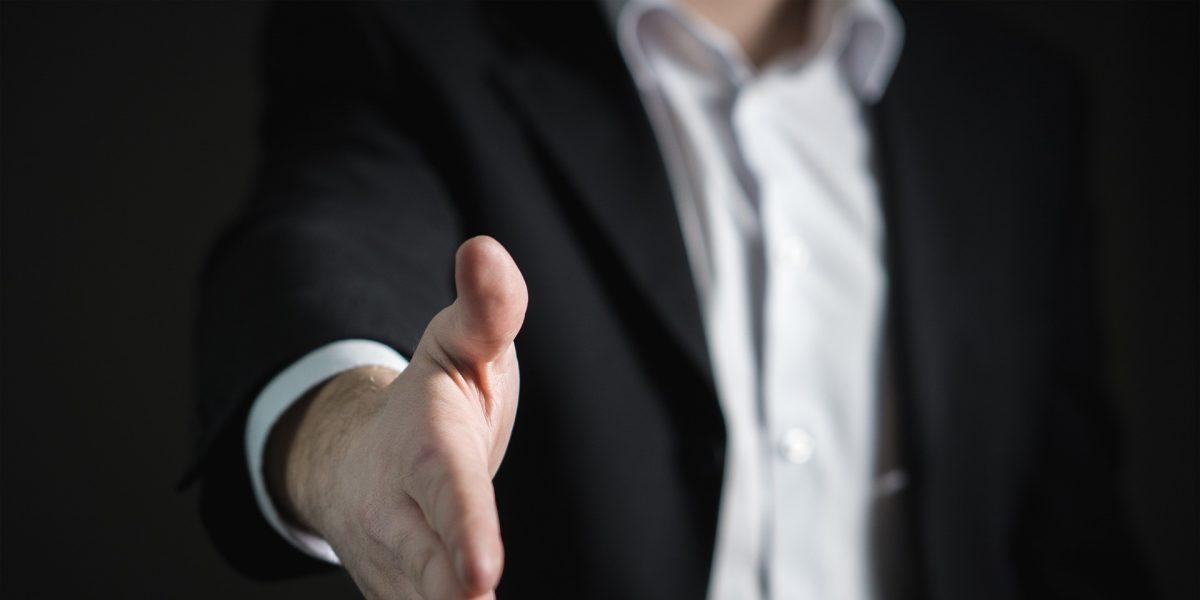 Preisverhandlung Preis feilschen richtig Preisfeilscherei Ulrike Knauer Positionierung Verkaufsseminar München Verhandlungsseminar Kaltakquise Spitzenverkäufer Top