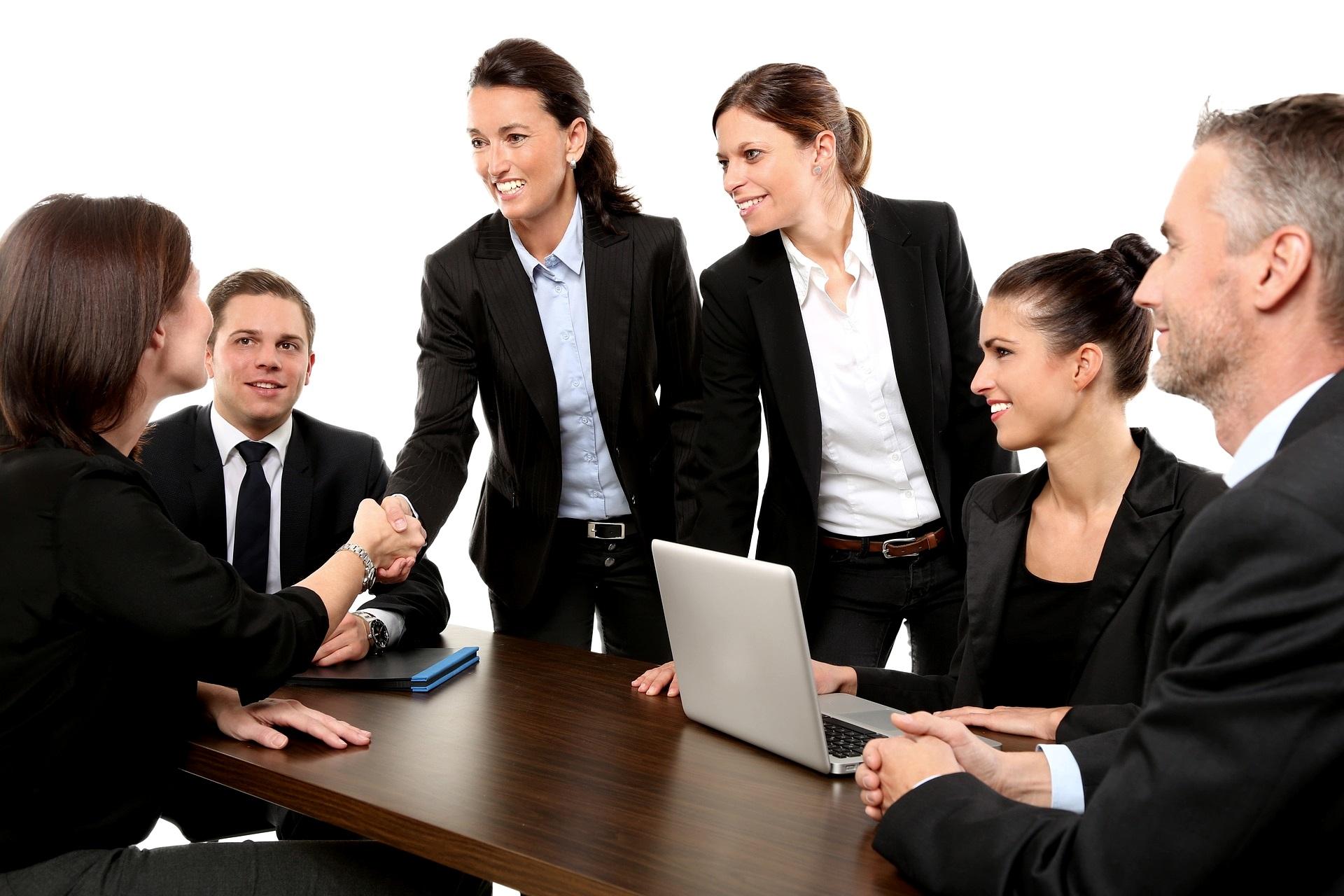 Top Verkäufer Spitzenverkauf Spitzenverkäufer Menschen Vertrieb Verkäufer Verkaufserfolg Verkaufsseminar Ulrike Knauer Verkaufstraining nutzenorientiert Emotion München Innsbruck
