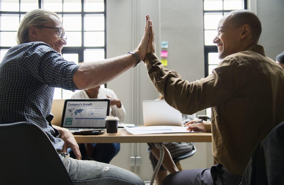 Frauen verkaufen anders - männlicher und weiblicher Vertrieb, kommunikation im Vertrieb, Übung Kommunikation im Vertrieb - männliche und weibliche - Kommunikation Uebung Kommunikation und Übung Kommunikation im Vertrieb - Tipps zur Kommunikation im Vertrieb - Übung Vertrieb