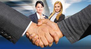 Frauen in Gehaltsverhandlungen und im Gehaltsgespräch